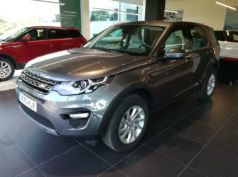 Land Rover Discovery Sport 2.0L TD4 Diesel 4x4 SE Gris oscuro Diesel